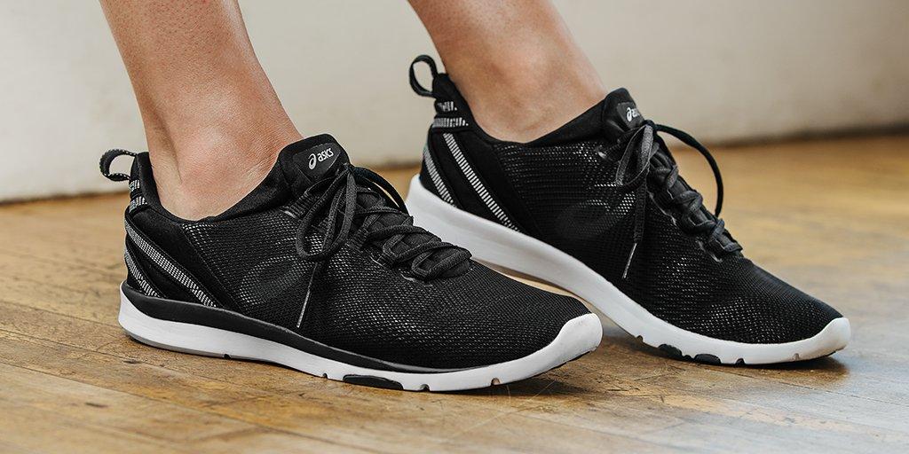 Gagnez une chaussures paire de chaussures Asics de Gel Asics Fit Sana 3 de Julie Freebies 1aaf2e7 - scyther.site
