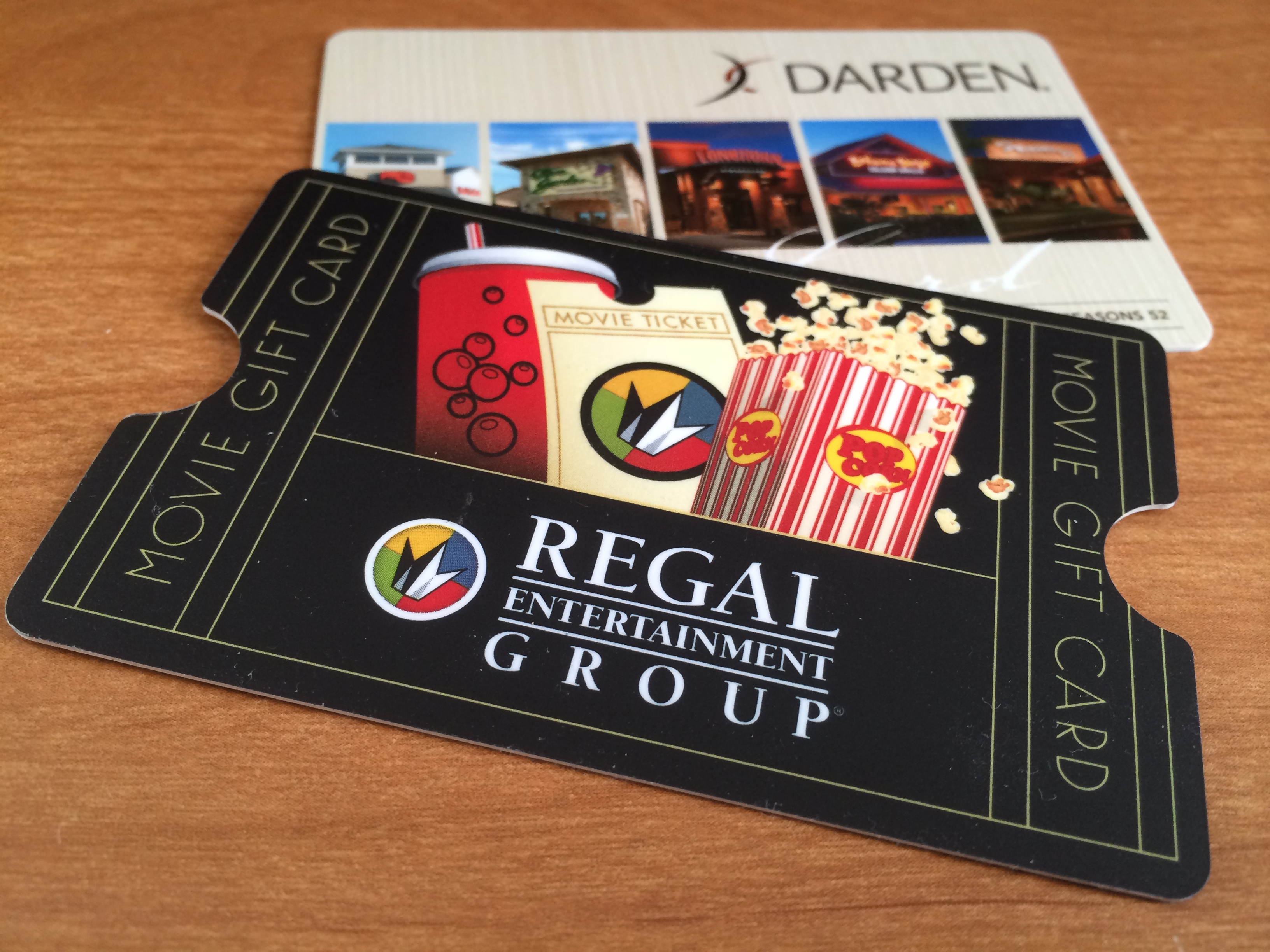 Win A 10000 Regal Cinemas Gift Card Julies Freebies