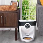 Feeder-Robot Giveaway